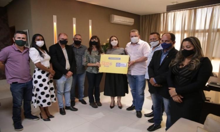 Ser Família Emergencial: Prefeitura de Aripuanã recebe 547 cartões do programa