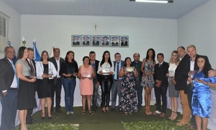 Câmara Municipal de Vereadores homenageia mulheres de Aripuanã